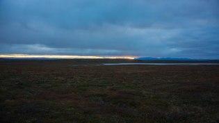 Die Berge des Stabbursdalen Nationalparks am Horizont